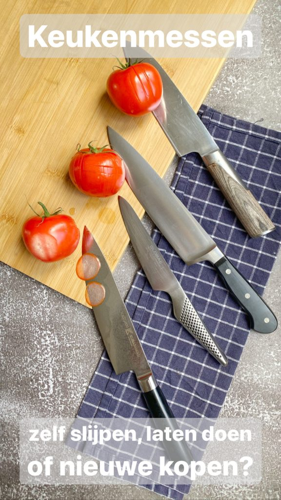 knives with tomatoes