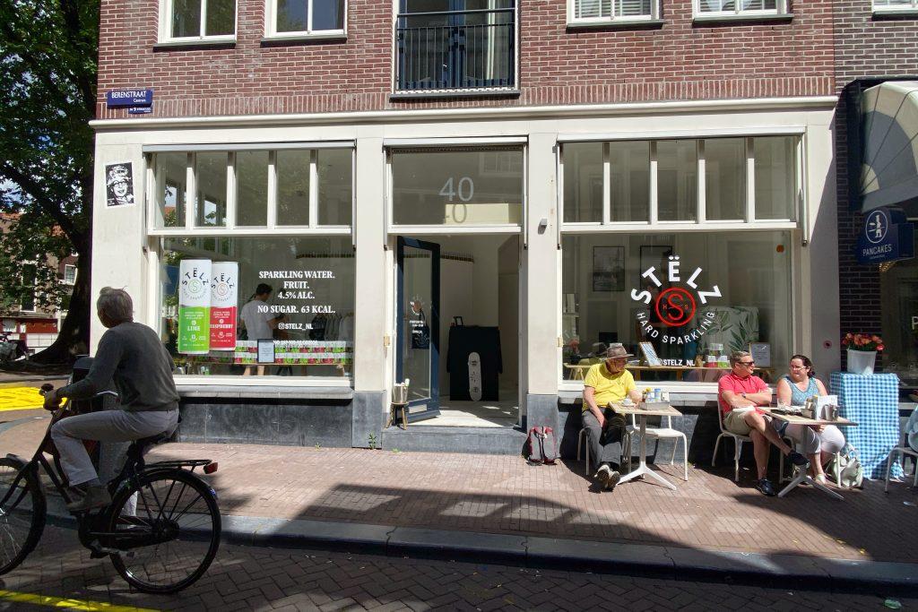 Stëlz pop-up shop outside