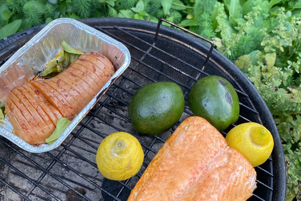 bbq with hasselback squash and veggies