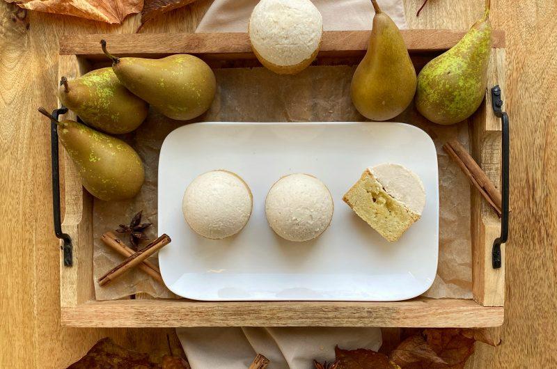 Slofgebak met kruidige perenbavarois