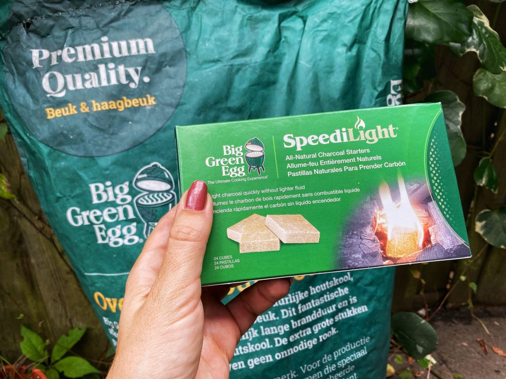 Big green egg charcoal